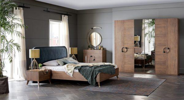 pat camera doua persoane